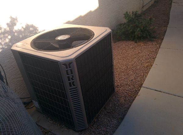Why is My Outdoor Air Conditioner Making Loud Noises? A San Marcos